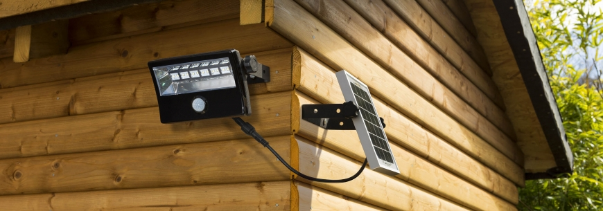 Simx - Mightylite Solar: Unique off-grid lighting solutions